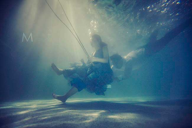 Underwater Prewedding | Benz and John