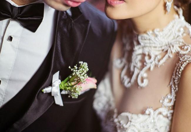 The Wedding of Jane and John | Santuario de San Antonio and Manila Peninsula