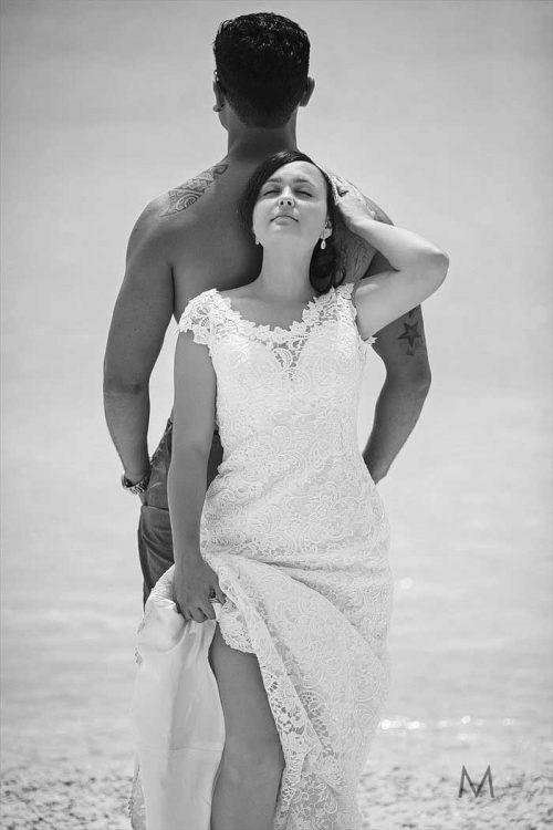 Aitutaki Trash the Wedding Dress | Shana and Jesse